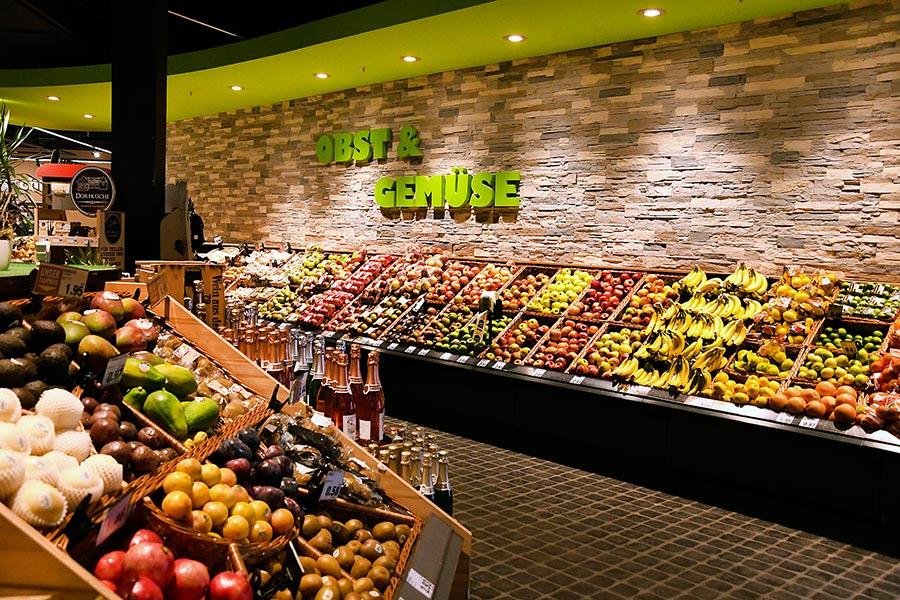 Obst bei E-Center Grünbauer